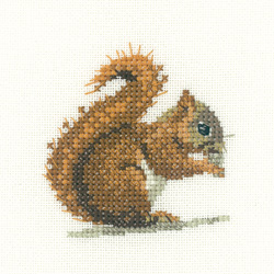 Red Squirrel - Heritage Crafts 'Little Friends'