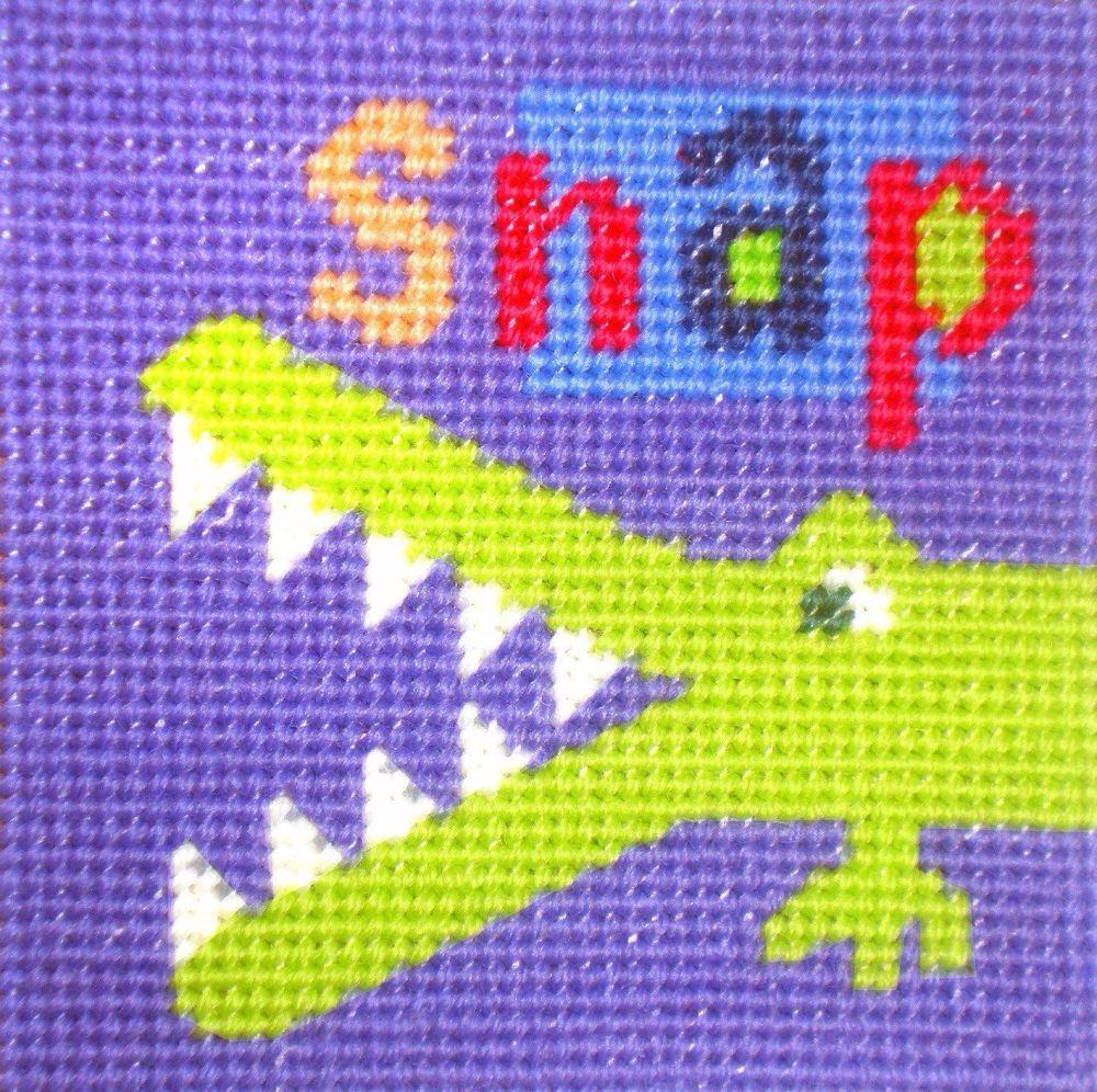 Crocodile - Starter Tapestry Kit