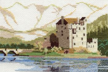 Eileen Donan Castle Cross Stitch - Scotland