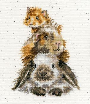 Piggy in the Middle cross stitch - Hannah Dale
