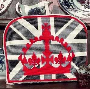 Tea Cosy Tapestry - Red Crown