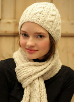 Alpaca cable knit hat
