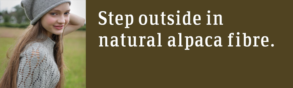 Step outside in natural alpaca fibre.